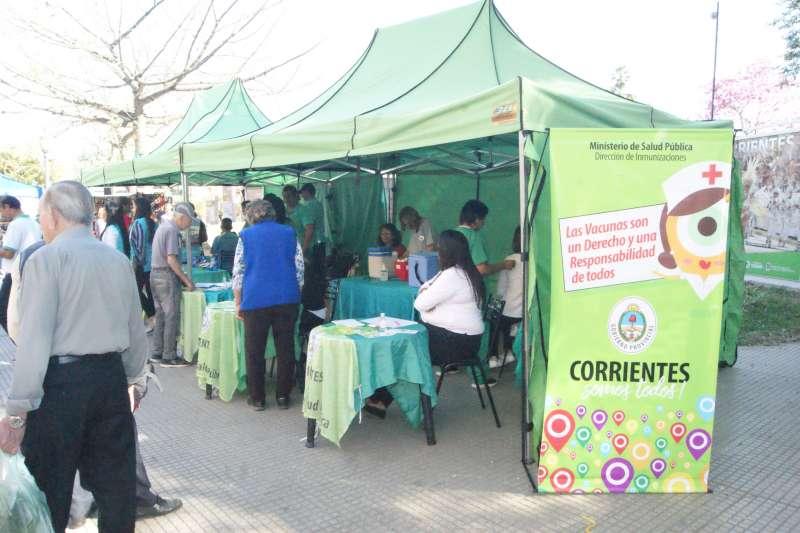 Salud Pública desarrolló múltiples actividades en la plaza Vera