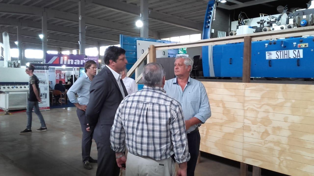 Corrientes expone su potencial maderero en la Feria Forestal Argentina