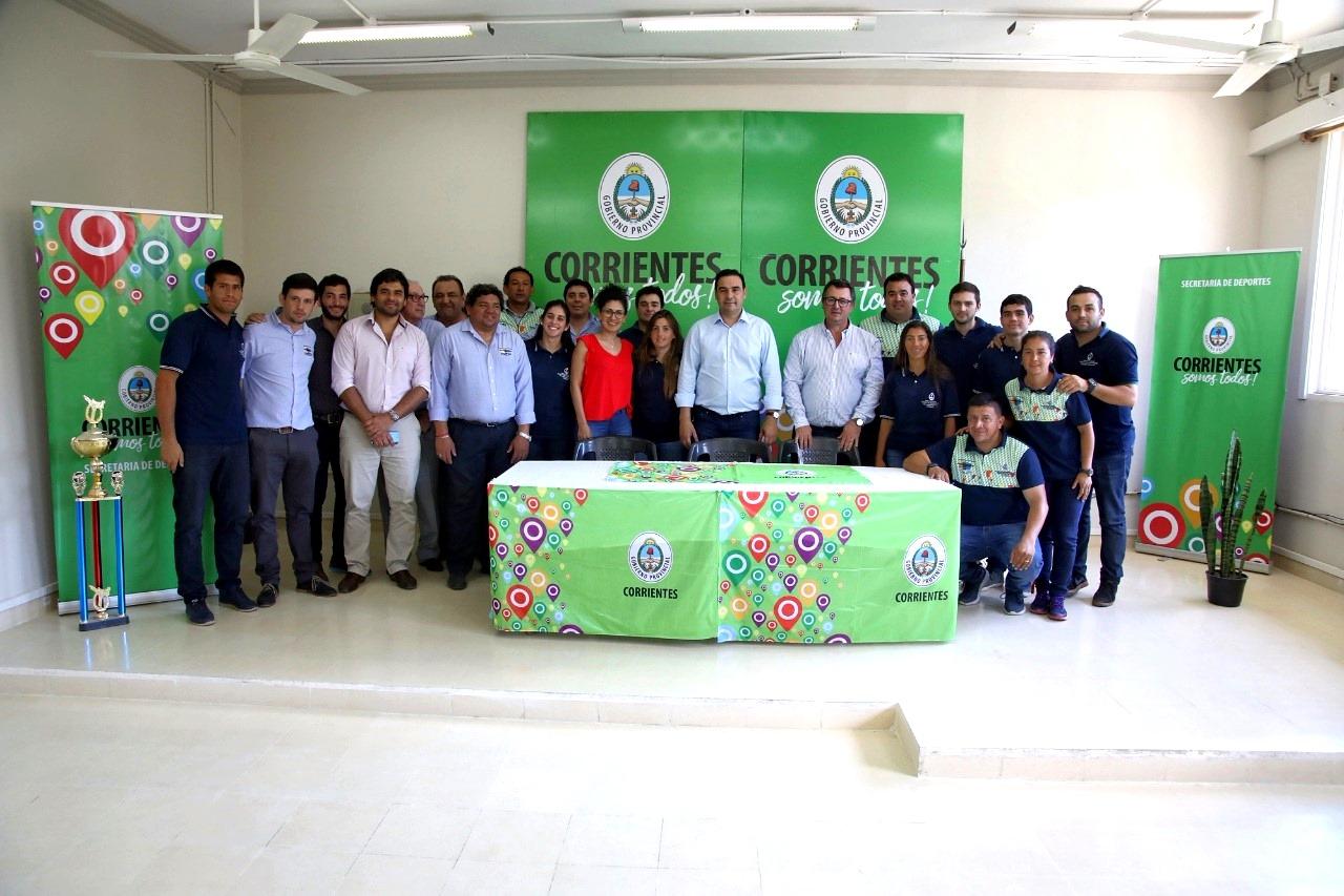 El Gobernador Gustavo Valdés recorrió obras que se ejecutan en la Secretaría de Deportes