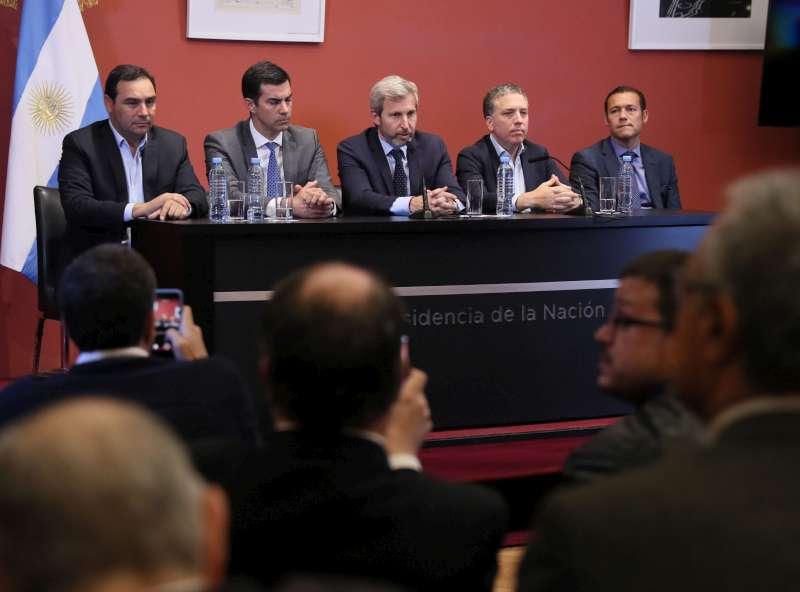 """Valdés valoró el diálogo entre gobernadores y Nación  para alcanzar un """"equilibrio financiero"""""""