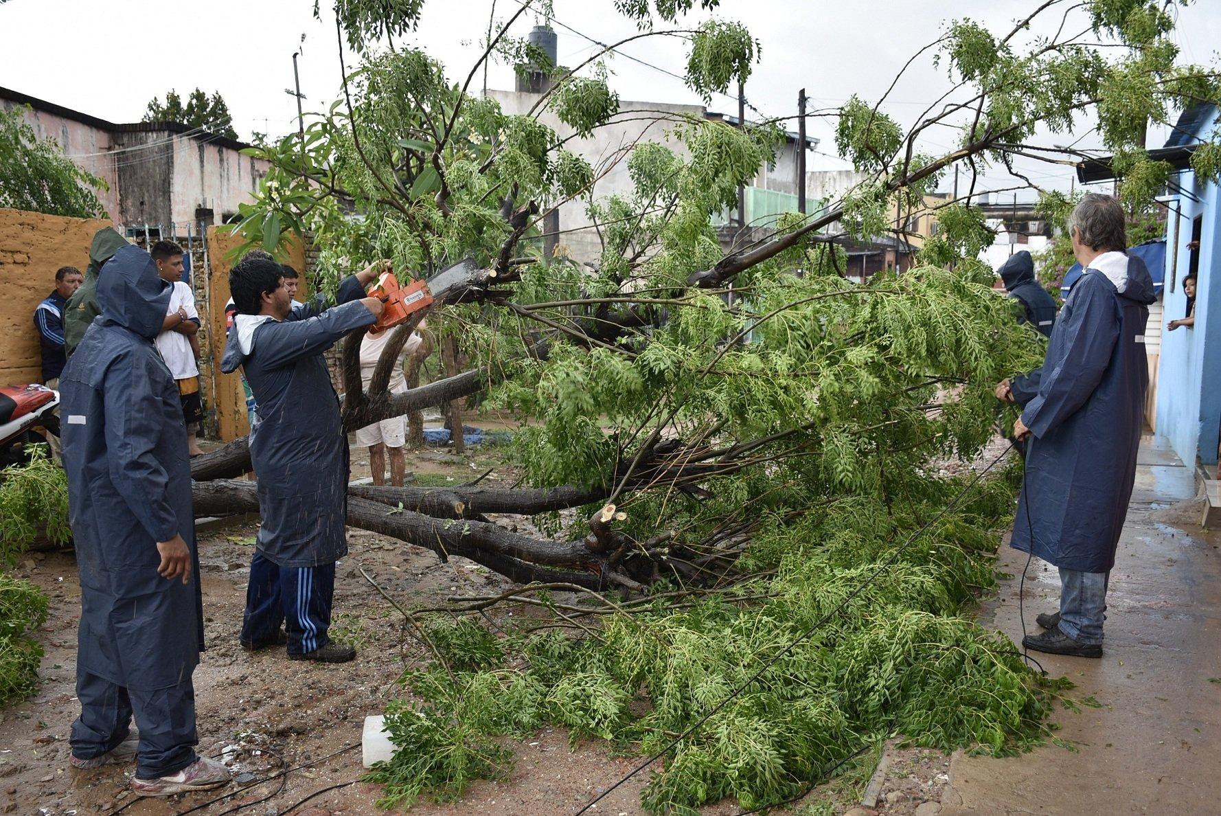 Rápida respuesta municipal: tras las intensas lluvias, el agua escurrió normalmente