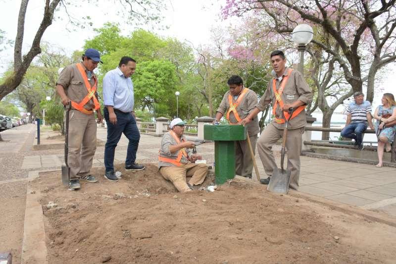 La Municipalidad restaura los bebederos de la Costanera