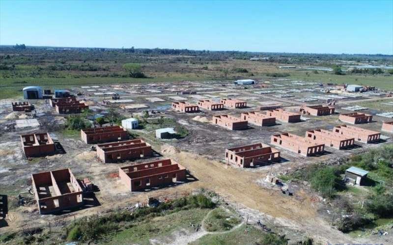Se reanudan las obras de viviendas para trabajadores municipales