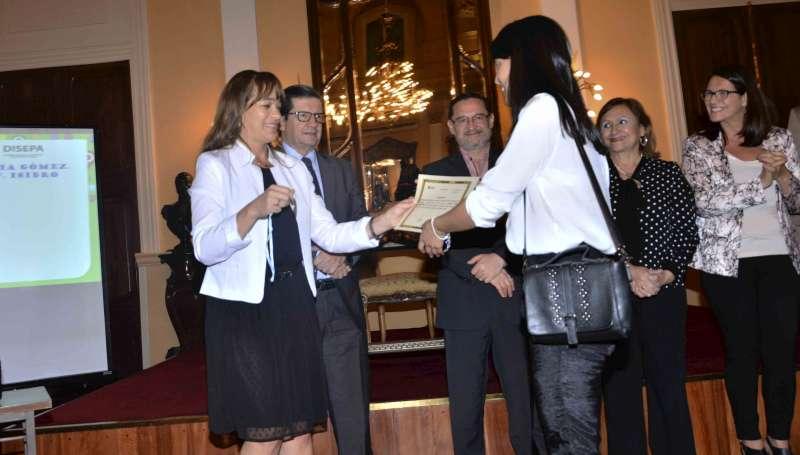 El Gobierno provincial reconoció a docentes correntinos por su labor