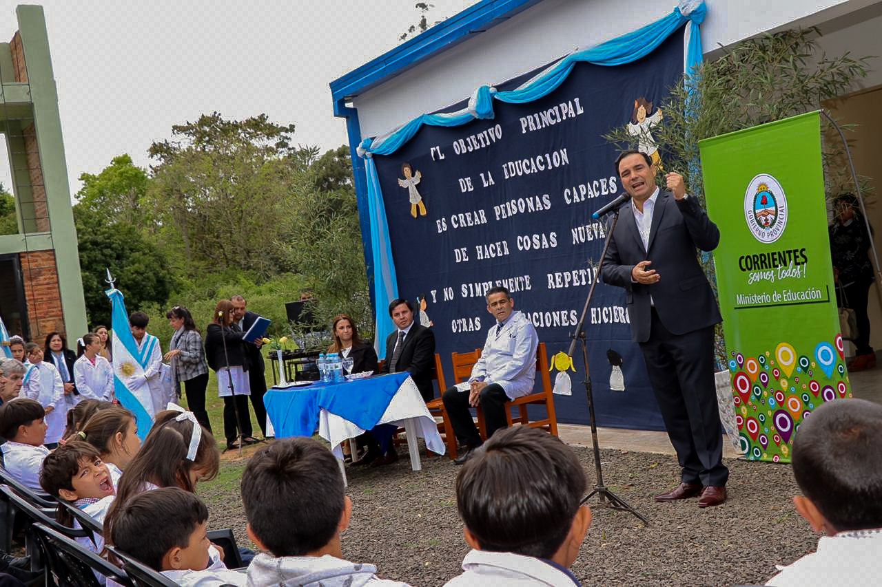 En Mburucuyá, Valdés inauguró una escuela, ampliaciones en JIN y en un establecimiento centenario