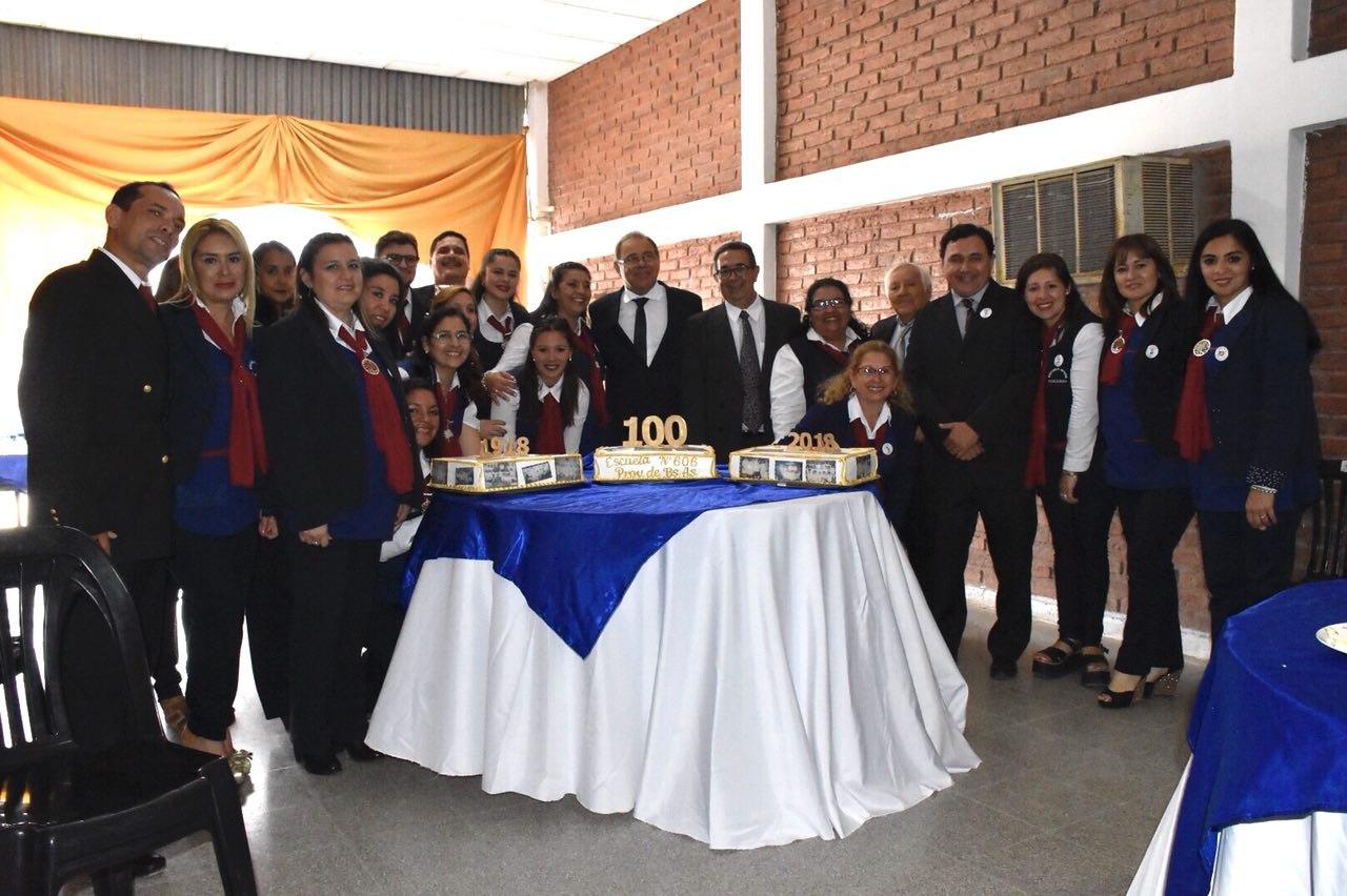 Emotivo acto por el centenario de la Escuela Nº 606