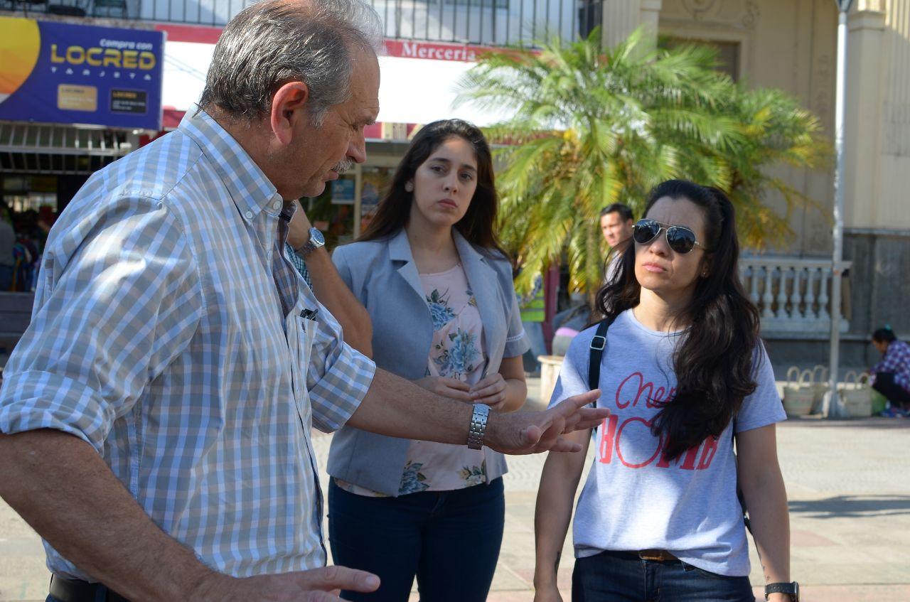 Colocarán un banco rojo en la plaza Vera para visibilizar sobre la violencia de género