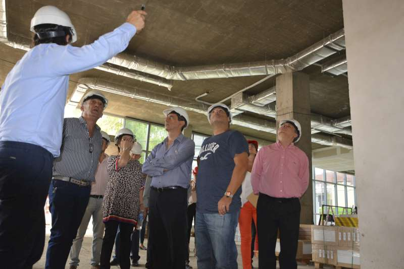 El ministro de Hacienda recorrió las obras del BanCo, IOSCOR e IPS