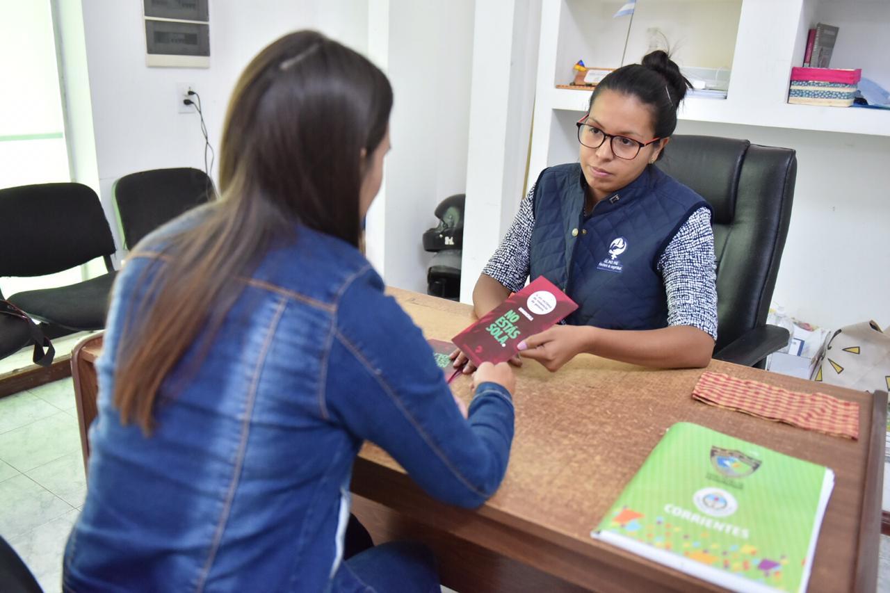 Se consolida el trabajo del Centro de Monitoreo y Contención de víctimas de violencia y se extiende al interior