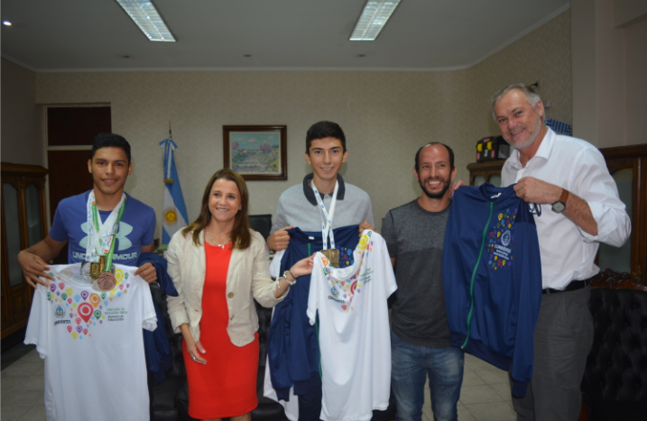 La ministra de Educación recibió a medallistas de los juegos Nacionales Evita Juveniles y Adaptados