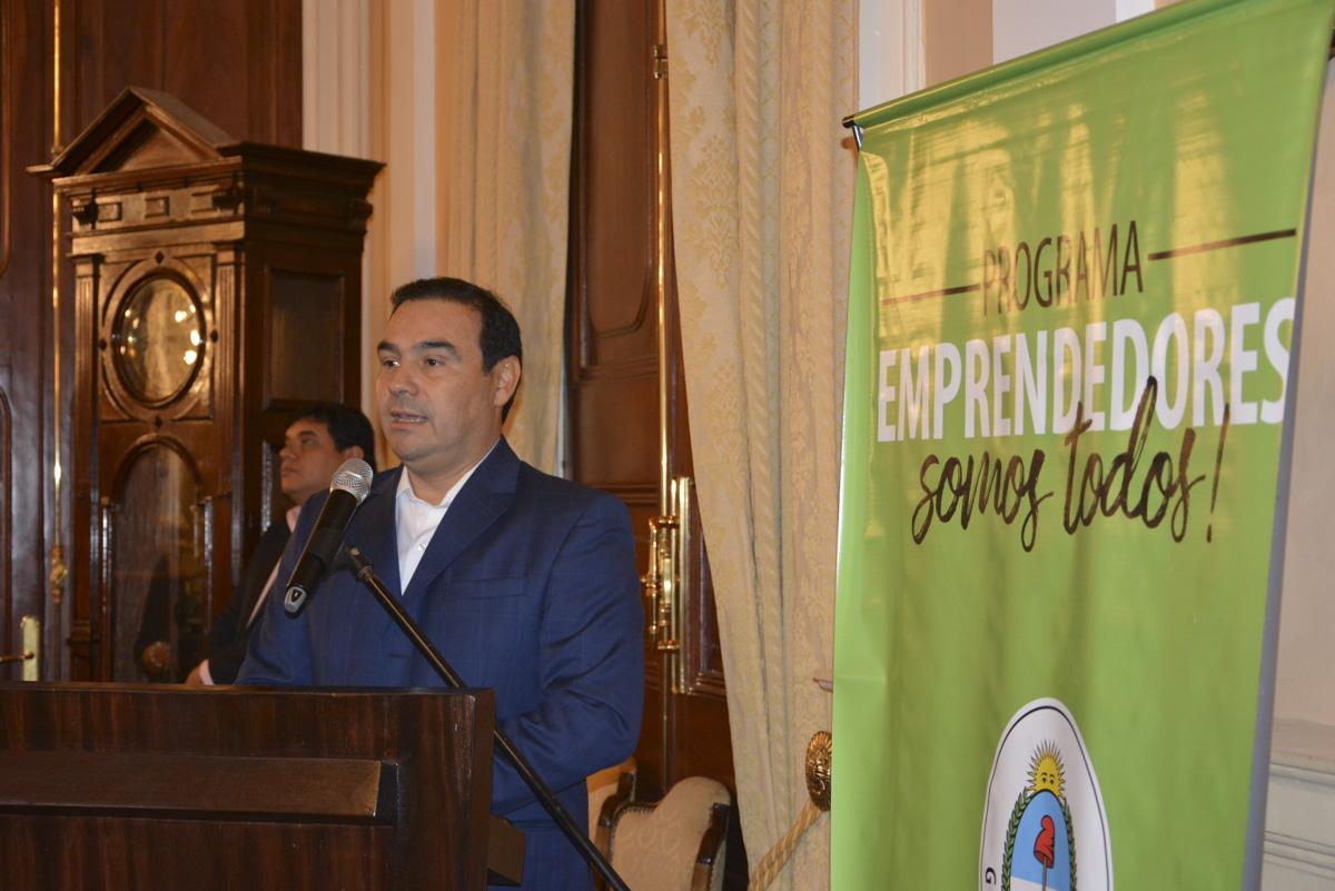 Valdés ratificó su compromiso para que la Mujer ocupe mejores espacios de trabajo en la sociedad