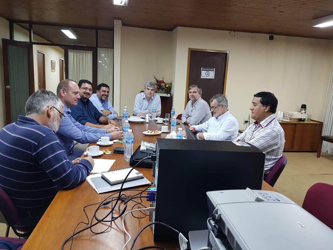 Provincia y la EBY comienzan a diseñar el plan de obras para Municipios