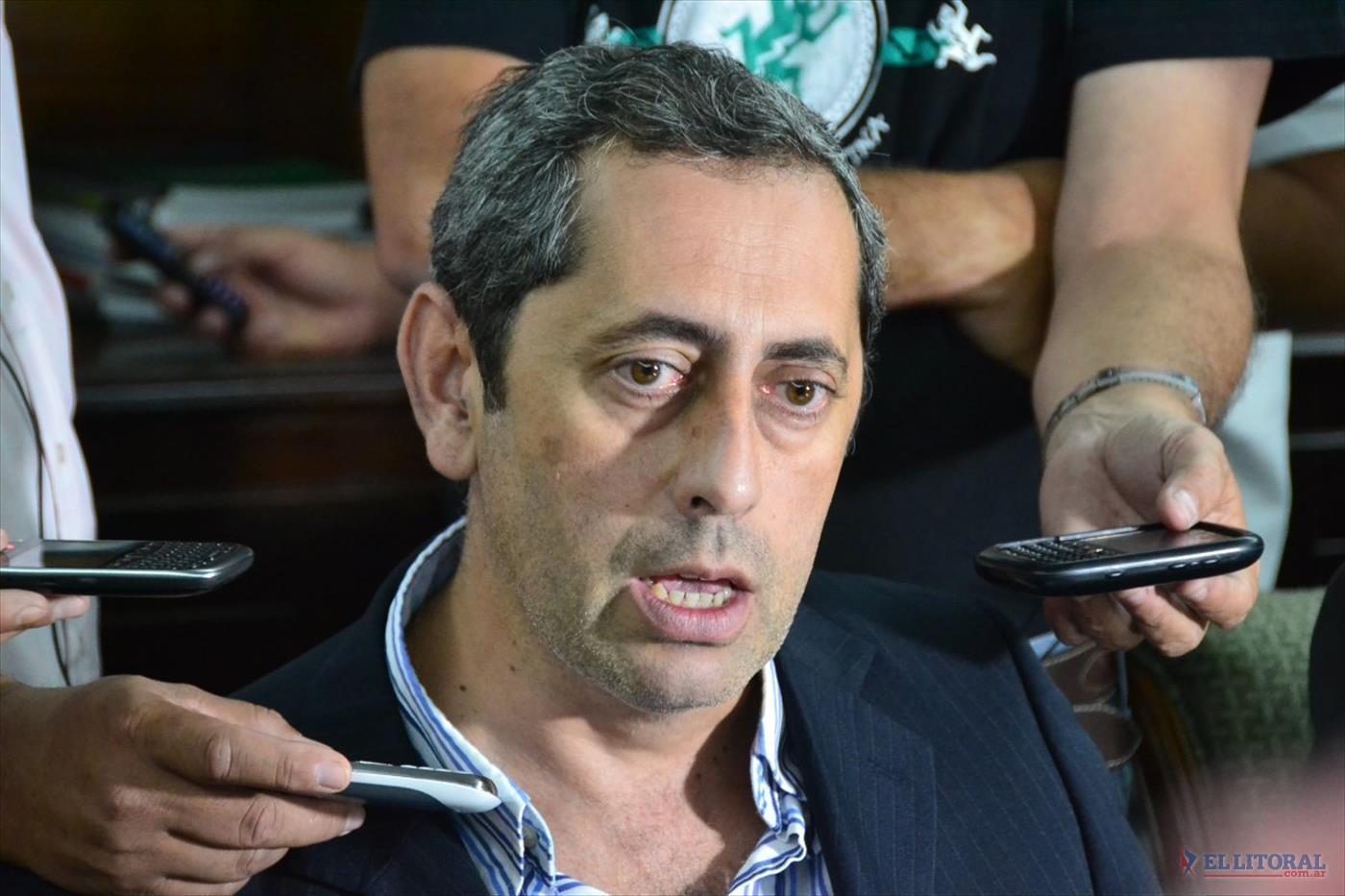 Rivas Piasentini reemplaza a Vaz Torres  en el ministerio de Hacienda y Finanzas