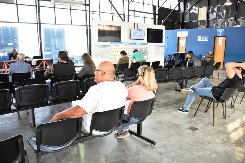 Solo en noviembre, el Centro Emisor de Licencias municipal realizó 1.800 carnés