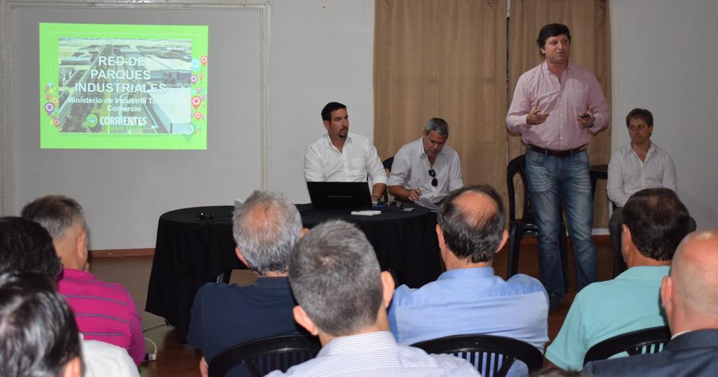 Schiavi se reunió en Libres con empresarios interesados en radicarse en el parque industrial y logístico