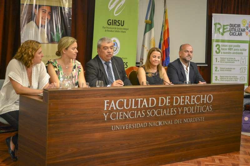 Primera Jornada de FormaciónDocente del Plan Provincial de Gestión Integral de Residuos Sólidos Urbanos