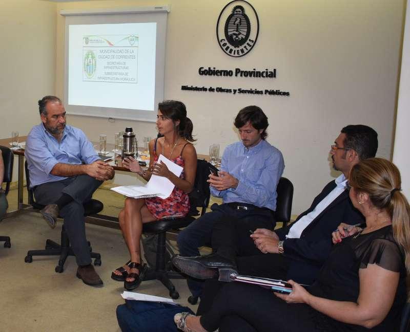 El ministro Polich mantuvo una reunión ampliada de trabajo con funcionarios nacionales de Infraestructura