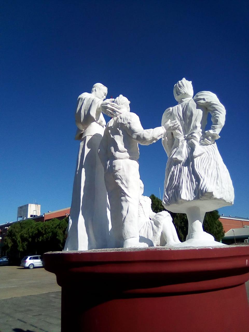 La Municipalidad restauró el monumento a Juan Pablo II