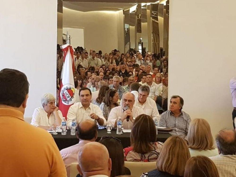 """Valdés llamó a hacer una alianza política """"lo más grande posible"""""""