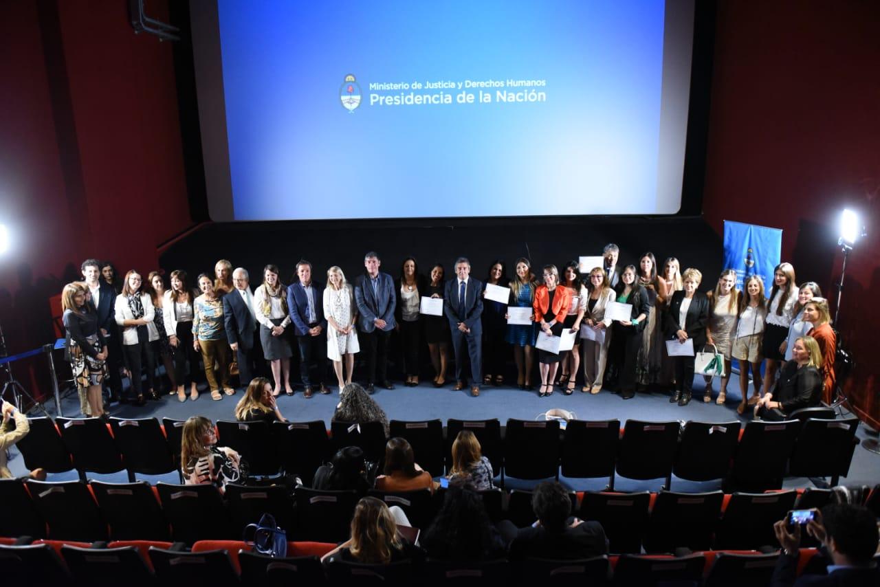 Presentan el cuerpo de abogadas y abogados para víctimas de violencia de género