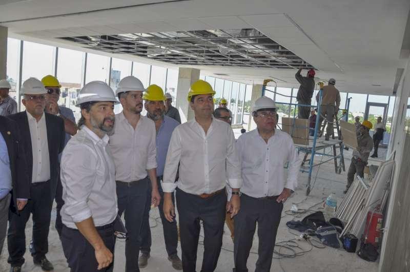 Gustavo Valdés y Marco Peña recorrieron las obras de la Autovía sobre la Ruta Nacional N°12