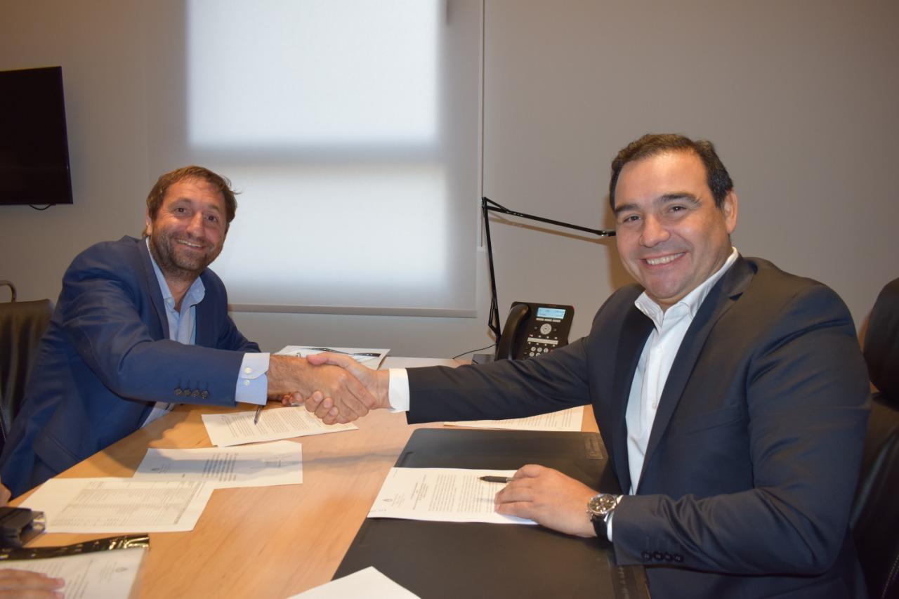 Valdés firmó hoy el convenio para el financiamiento de obras hídricas