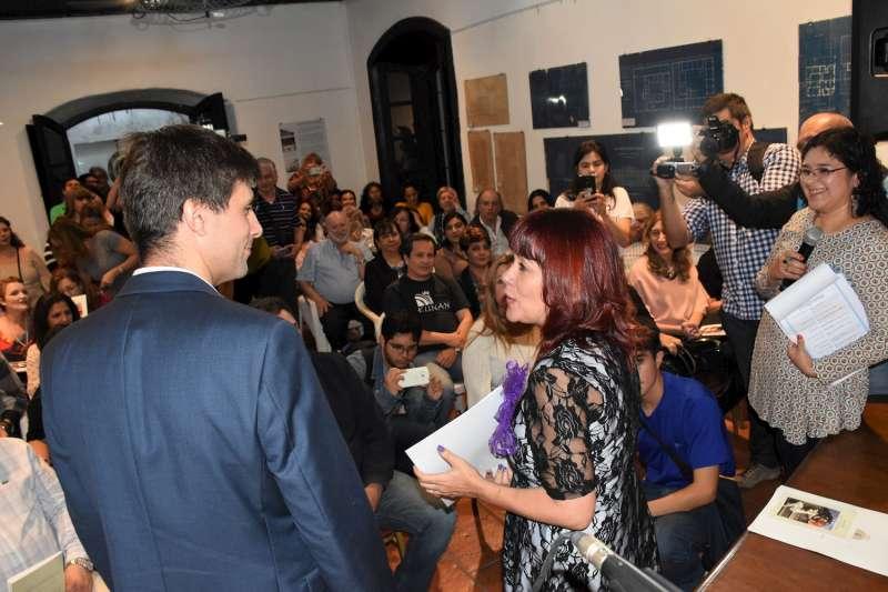 """""""Mujeres que cuentan"""" se presentó en Casa Molina"""