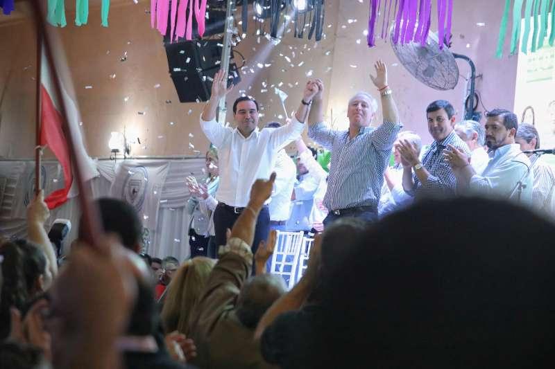"""En Mocoretá y Monte Caseros, Valdés instó a """"seguir apostando al desarrollo"""""""