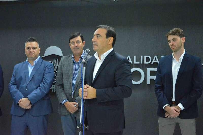 Valdés inauguró obras en Mocoretá y dijo que su perfil industrial tiene que expandirse a toda la provincia