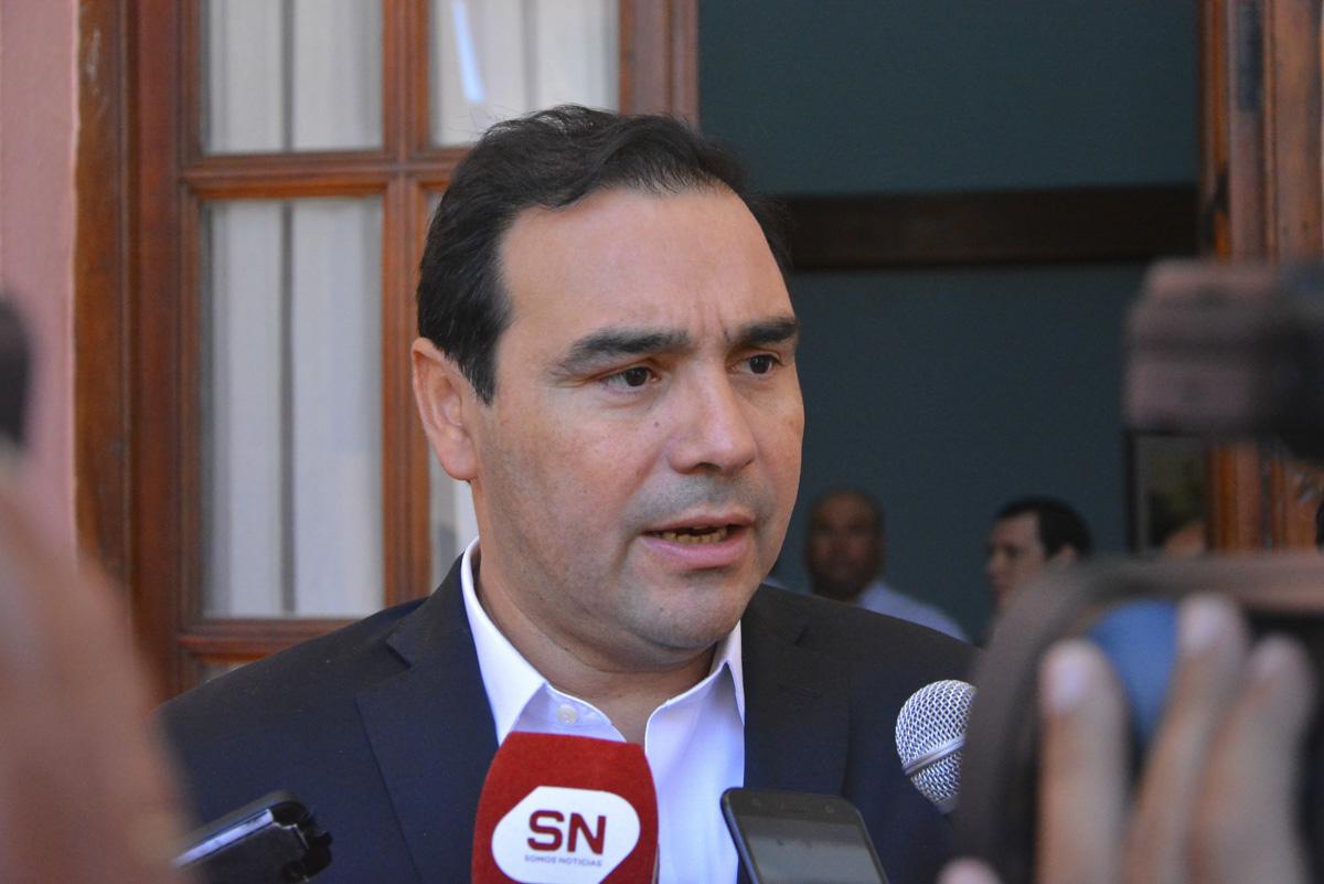 Valdés aseguró que el Gobierno monitorea la situación del Transporte Público de Pasajeros