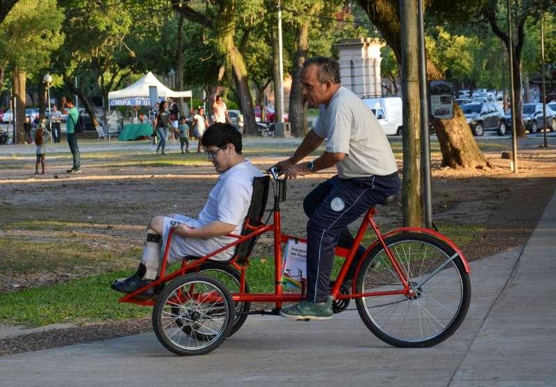 Presentarán la primera bicicleta para personas con discapacidad
