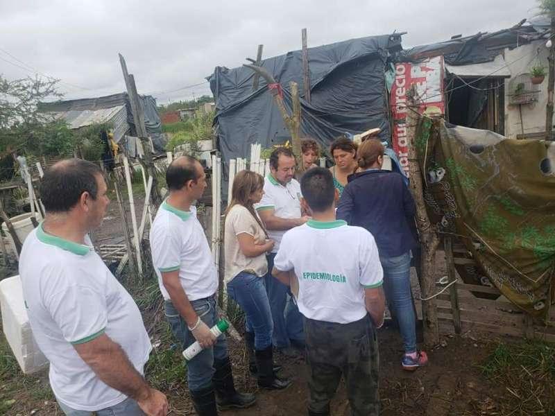 Asisten a asentamientos de los barrios Pirayui, Patono y Quilmes