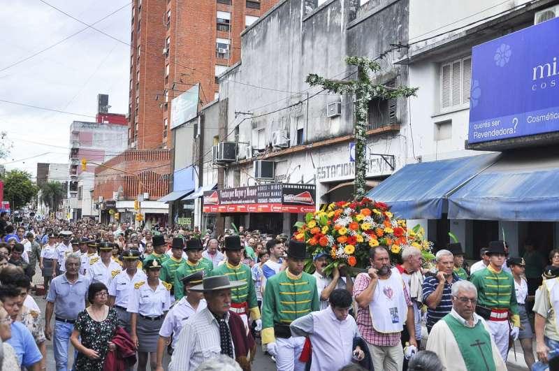 Corrientes honró  a la Cruz de los Milagros luego de 431 años de historia