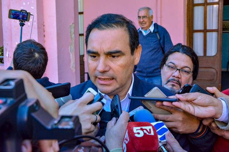 Valdés habló sobre las futuras exportaciones y obras para la provincia