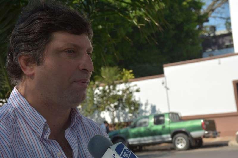 """Schiavi: """"Vamos a poner a Hecho en Corrientes en todos lados"""""""