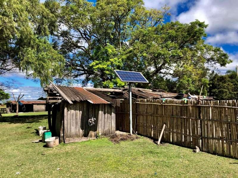 Personal de la Secretaría de Energía realizó la revisión de paneles solares instalados en viviendas de Pago de los Deseos, Saladas