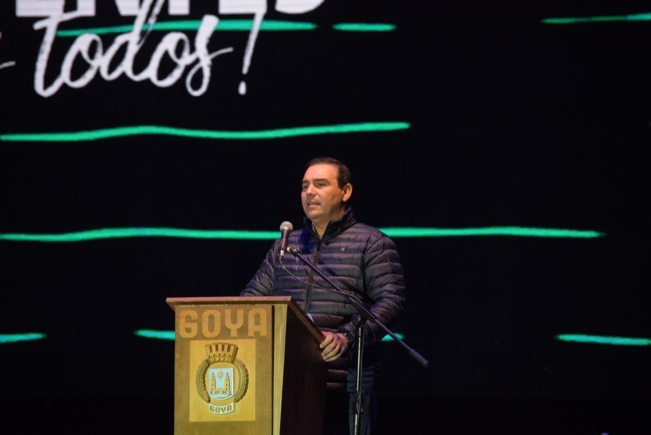 El gobernador Valdés dejó inaugurada la 44 edición de la Fiesta Nacional del Surubí