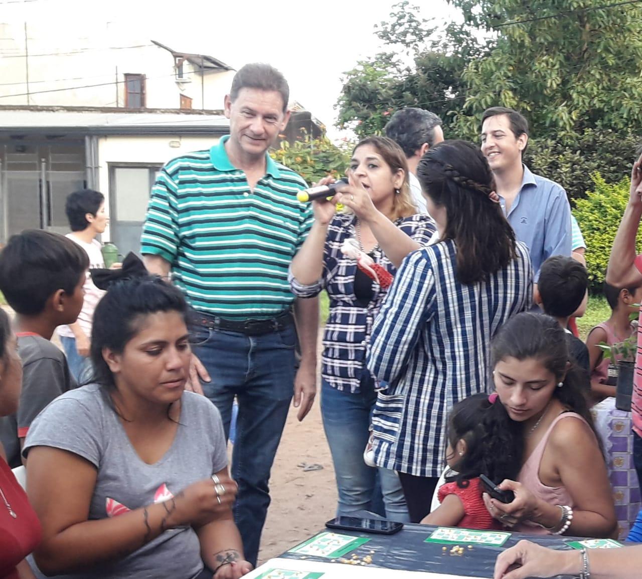 Con un Té Bingo, Desarrollo Social compartió con las familias del barrio San Roque