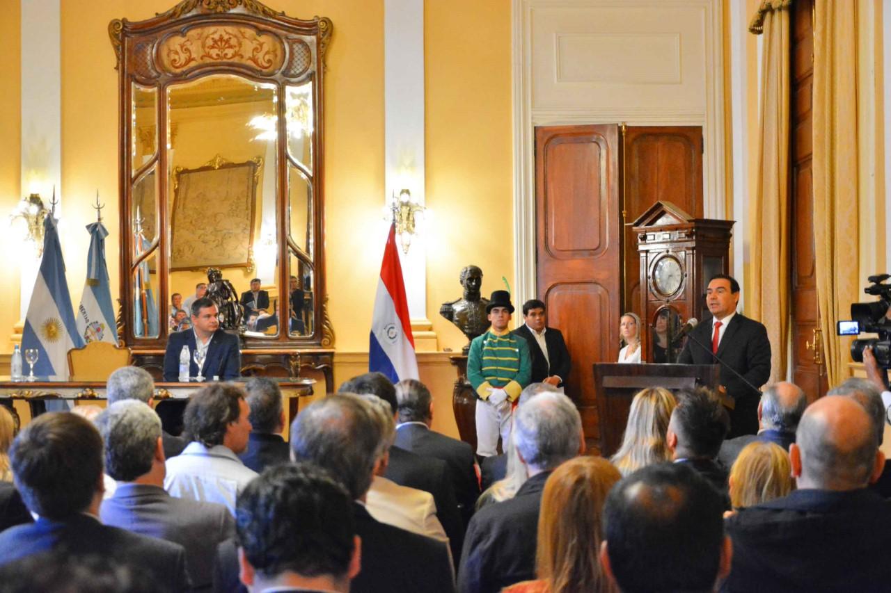 Corrientes y el departamento paraguayo de Misiones avanzan hacia un proceso de integración física