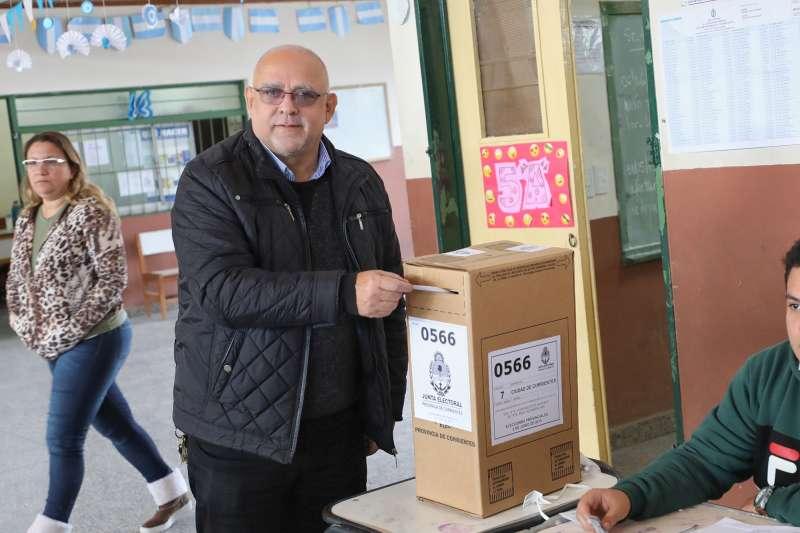 """Vignolo llamó a la ciudadanía a """"expresar su opinión, ratificando o rectificando"""" el accionar político"""