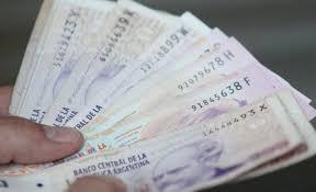 Provincia vuelca $950 millones al mercado con el pago del medio aguinaldo