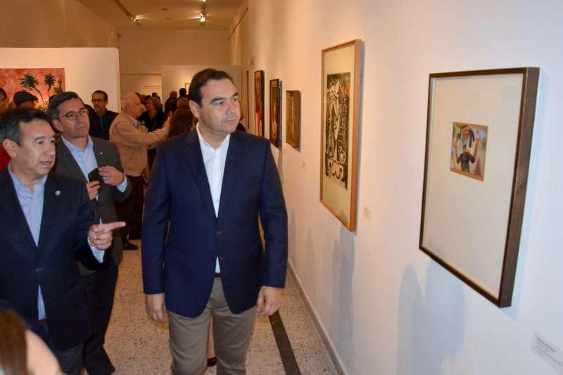 El gobernador Valdés inauguró importante muestra federal de arte