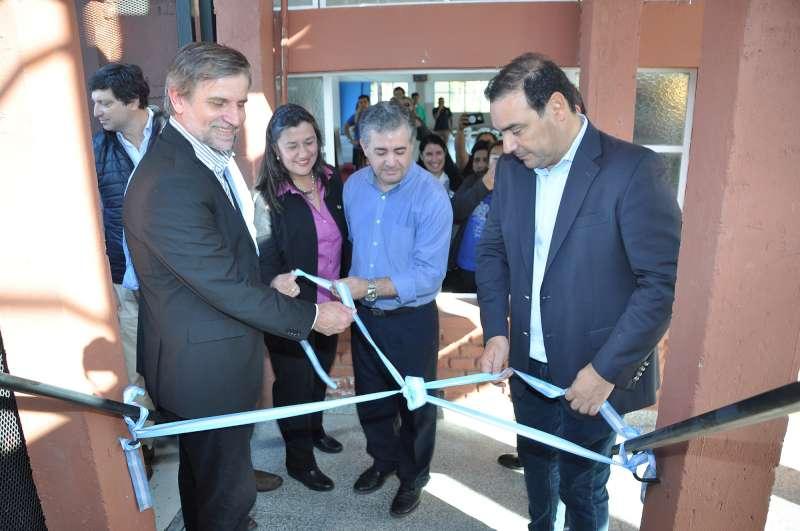 """Valdés inauguró refacciones y ampliaciones en el centro educativo y pastoral """"Domingo y Laura"""""""