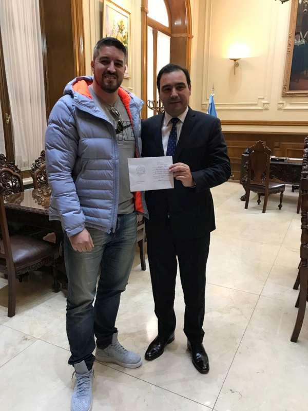 Valdés entregó subsidió a la Fecof
