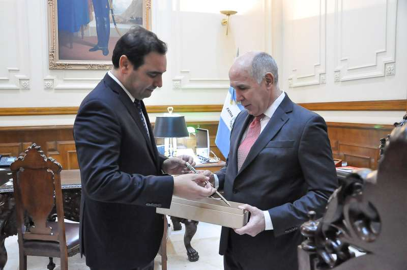 Valdés recibió en su Despacho a Lorenzzetti, ministro de la Corte Suprema de Justicia de la Nación