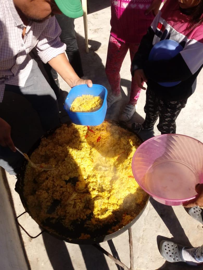 Durante el fin de semana largo se brindó comida caliente y frazadas