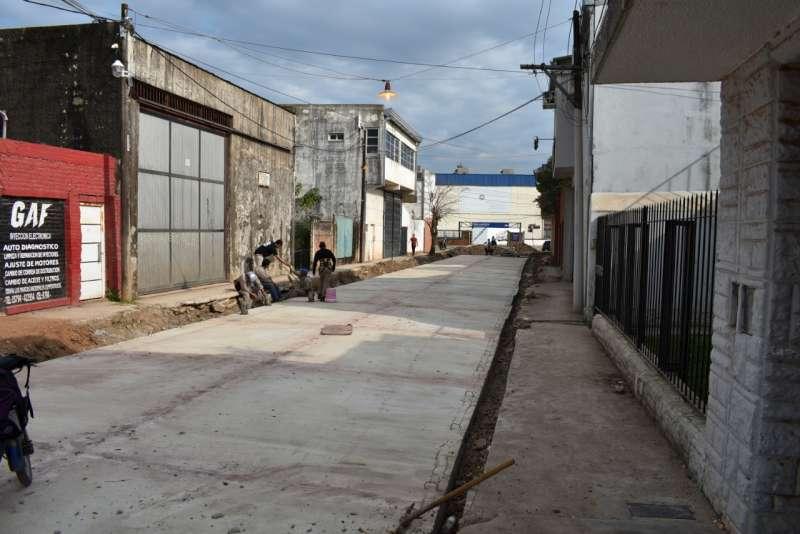 Concluyó la pavimentación  de la calle Braille entre  Chacabuco y Reconquista