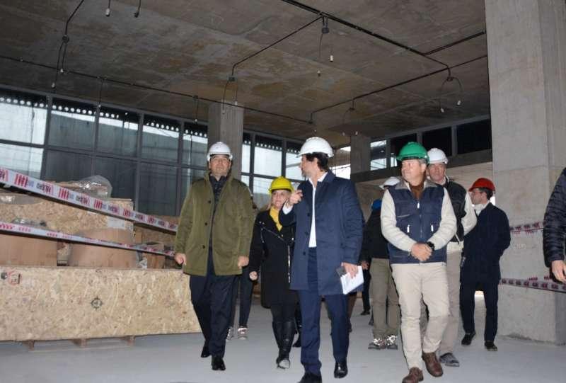 Valdés recorrió las obras del nuevo Centro Administrativo y ratificó la fuerte inversión para modernizar el estado