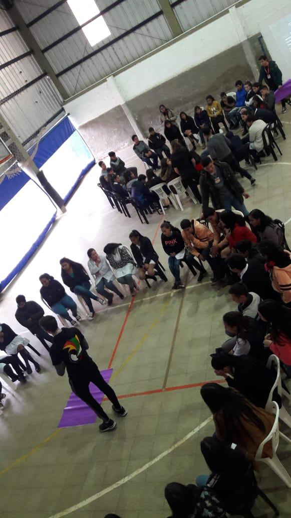 Parlamento juvenil en Alvear