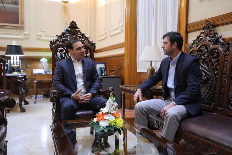 El gobernador Valdés recibió al director Ejecutivo de la ANSES